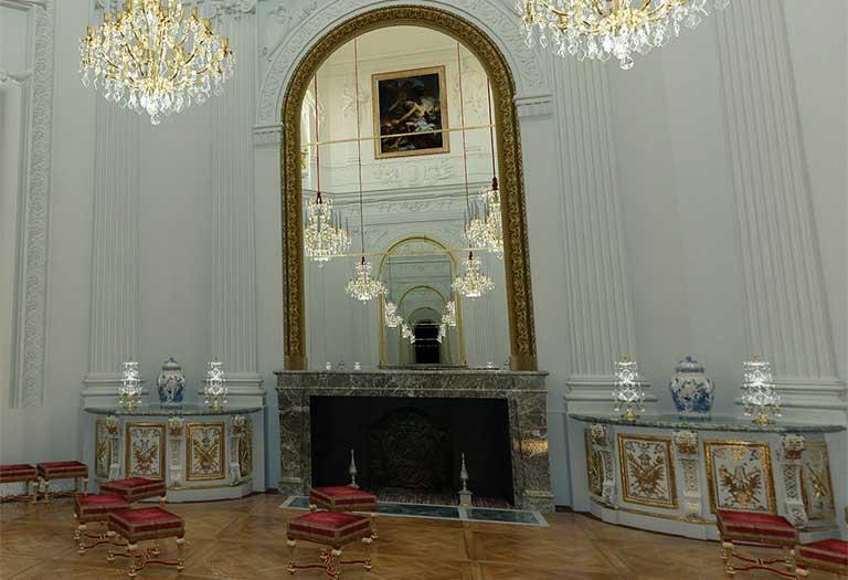 L'éclairage et le chauffage à Marly sous Louis XIV